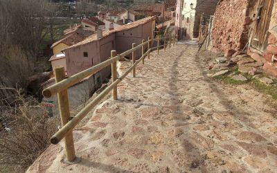 Nuevas Barandas de madera en Peñarroyas
